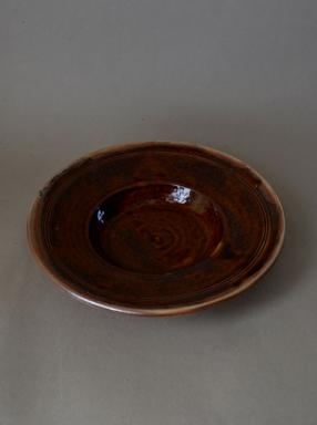 http://poteriedesgrandsbois.com/files/gimgs/th-38_DSE003-Assiette-à-marli-Pui.jpg
