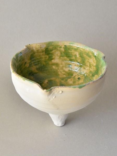 http://poteriedesgrandsbois.com/files/gimgs/th-29_LPH018-Lampe-apode-à-trois-becs-XIIIe-s.jpg