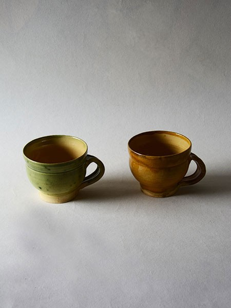 http://poteriedesgrandsbois.com/files/gimgs/th-30_GDT002-04-poterie-médiévale-gobelet-tasse.jpg