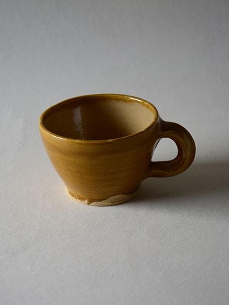 http://poteriedesgrandsbois.com/files/gimgs/th-30_GDT010-04-poterie-médiévale-gobelet-tasse.jpg