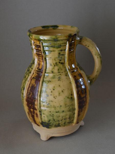 http://poteriedesgrandsbois.com/files/gimgs/th-31_PCH055-Pichet-Bourges-trois-couleurs-XIVe-s.jpg
